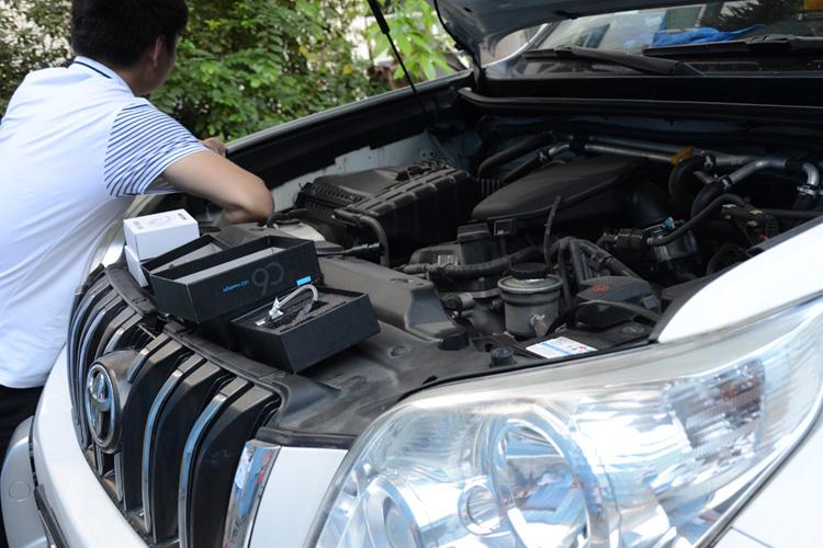 丰田普拉多汽车LED大灯改装,远近光都改了,大家看效果如何高清图片