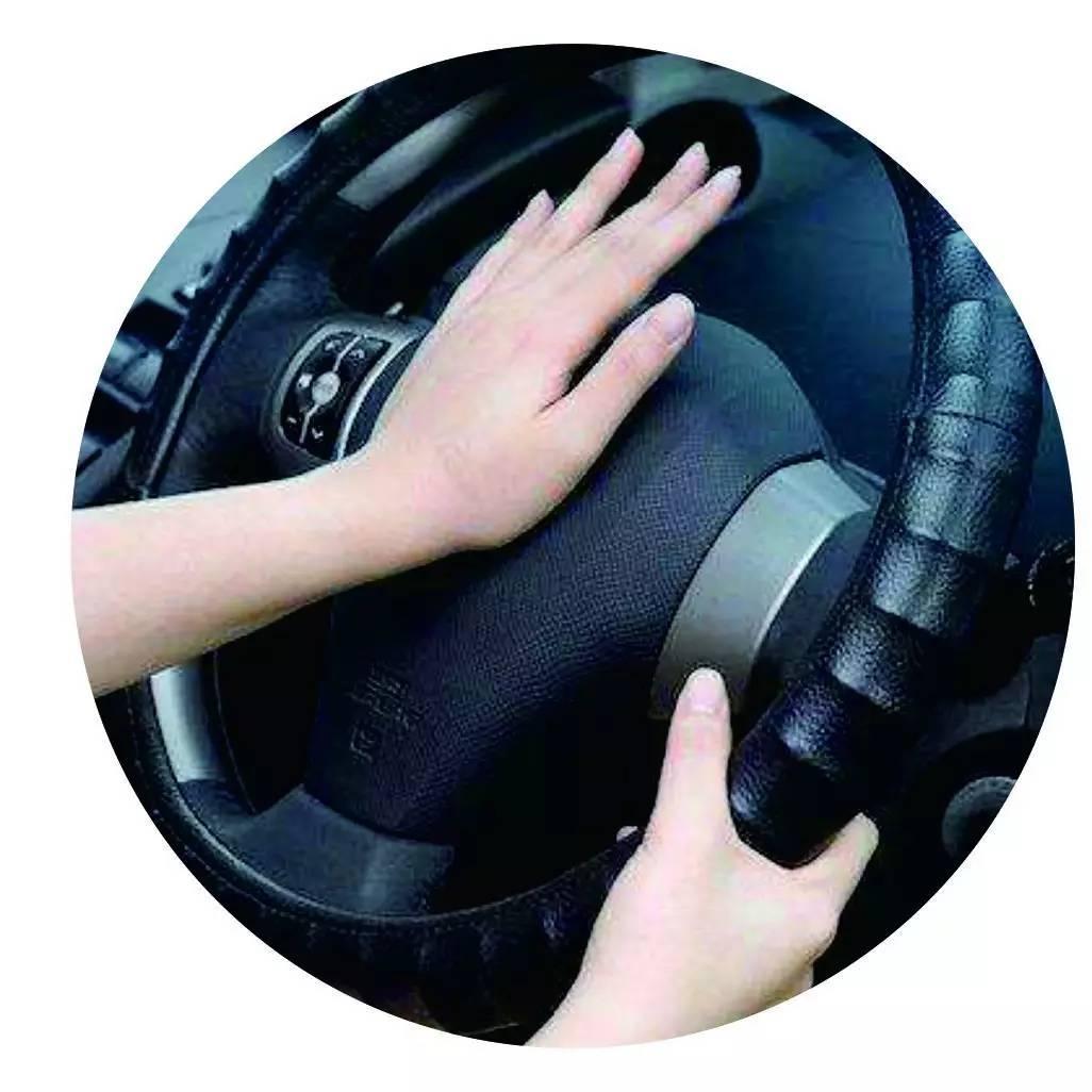 车技 | 堵车的时候跟什么车才能开得更顺畅?